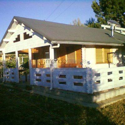 Casa il legno prefabbricata