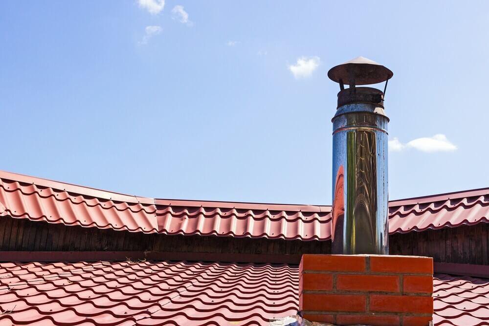 Isolamento canne fumarie per tetto in legno