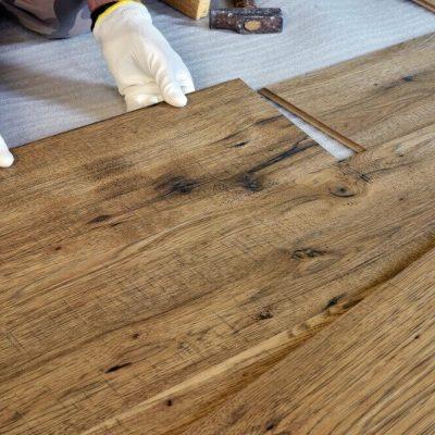 Come si posa un pavimento in legno da esterno
