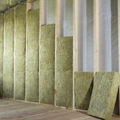 Differenza tra fibra di legno e lana di roccia, quale scegliere?